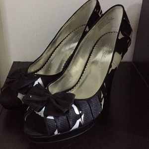 Shadow heels by Michaelangelo